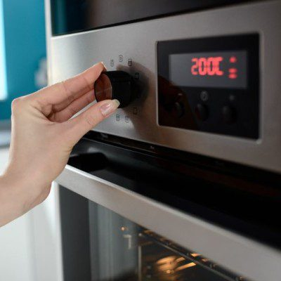 Oven temperature baking heat control