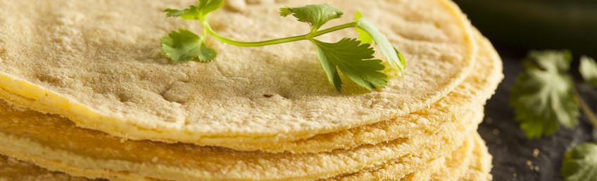 masa, masa flour, corn flour, gluten-free, hydration, mixing