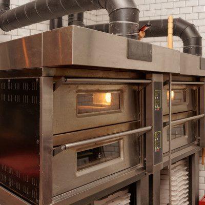 oven baking bakery