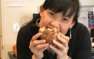 Lin Carson eat bread 90