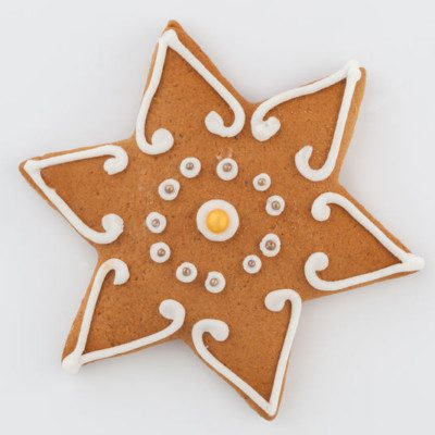 Gingerbread describes many different sweet breads, cakes, and cookies made with ginger and sweeteners such as honey, treacle, or molasses.