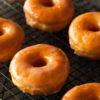 Yeast donuts are fried bakery products that are yeast-leavened.