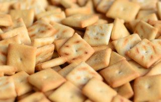 Creating a Signature Crunch in Baked Crackers