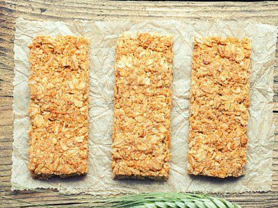 An amazingly easy to make health bar. It takes the place of a bowl of cold cereal, and makes it easy for the on-the-go professionals to get in that first meal of the day. Best of all, it's Gluten-Free!