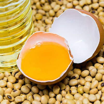 Lecithin is naturally found in soybean and egg yolk